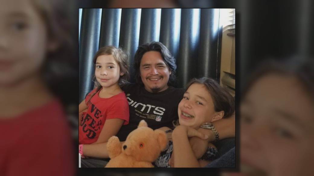 Click to play video: 'B.C. family with two loved ones in COVID-19 ICU shares vaccination message'